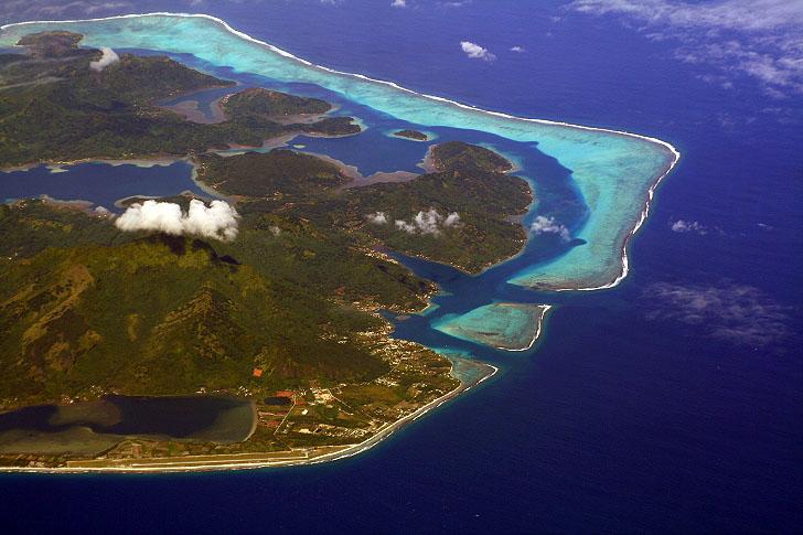 Huahine Lagoon Tahiti