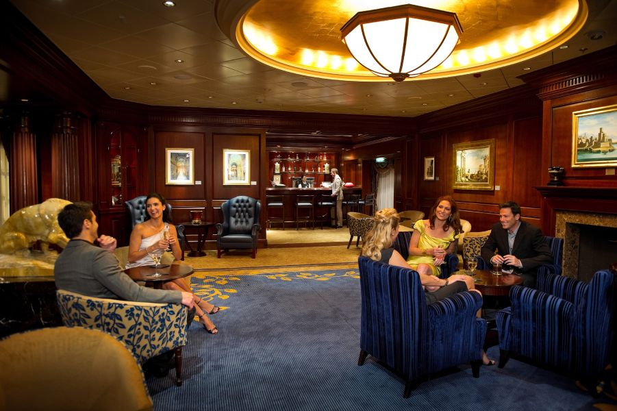 Celebrity Constellation-entertaiment-Michael's Club