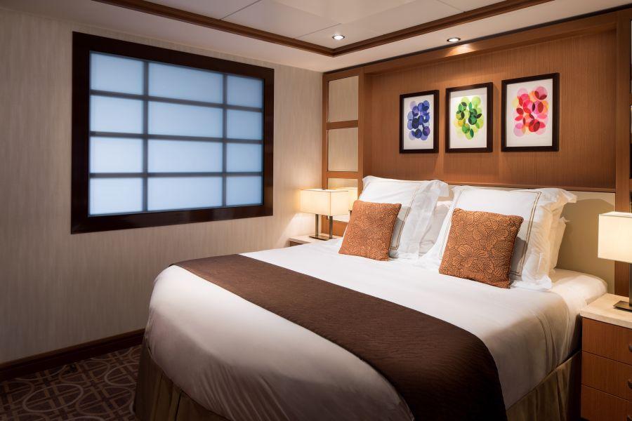 Celebrity Silhouette-stateroom-Celebrity Suite