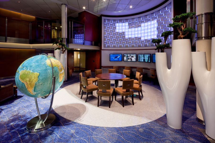 Celebrity Solstice-entertaiment-Art Gallery