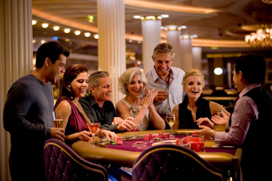 Celebrity Solstice-entertaiment-Fortunes Casino