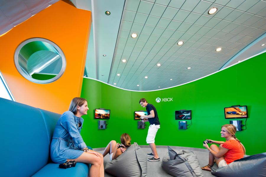 Celebrity Solstice-kidsandteens-Largest Xbox Experience at Sea
