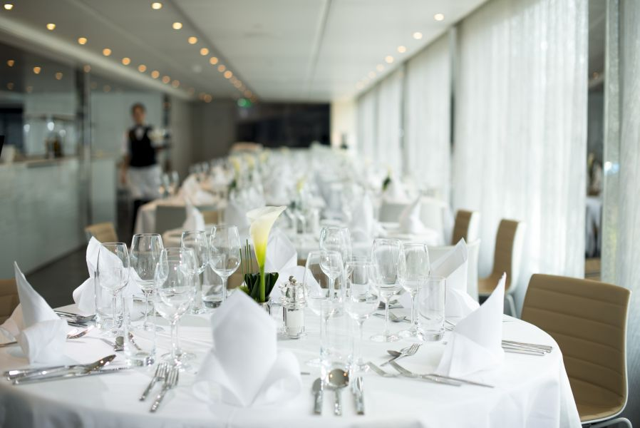 Emerald Sky-dining-