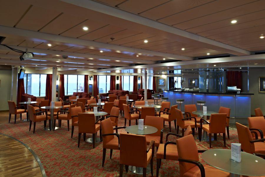 Boudicca-entertaiment-Lido Lounge