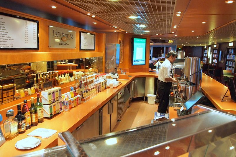 Westerdam-dining-Explorations Café