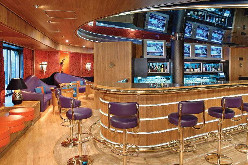 Westerdam-entertaiment-Sports Bar