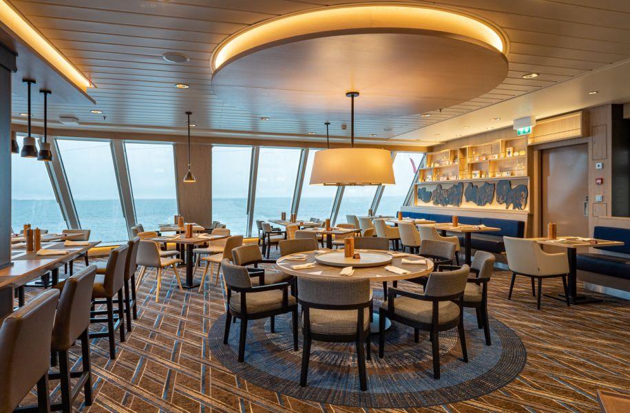 MS Roald Amundsen-dining-