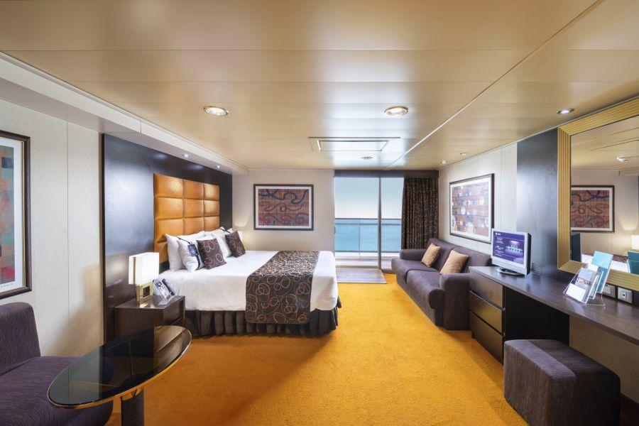 MSC Fantasia-stateroom-Balcony Cabin