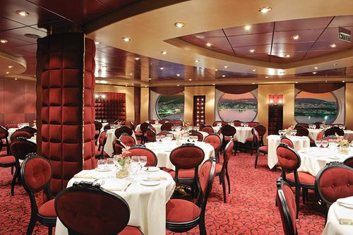 MSC Fantasia-dining-Red Velvet (main dining room)
