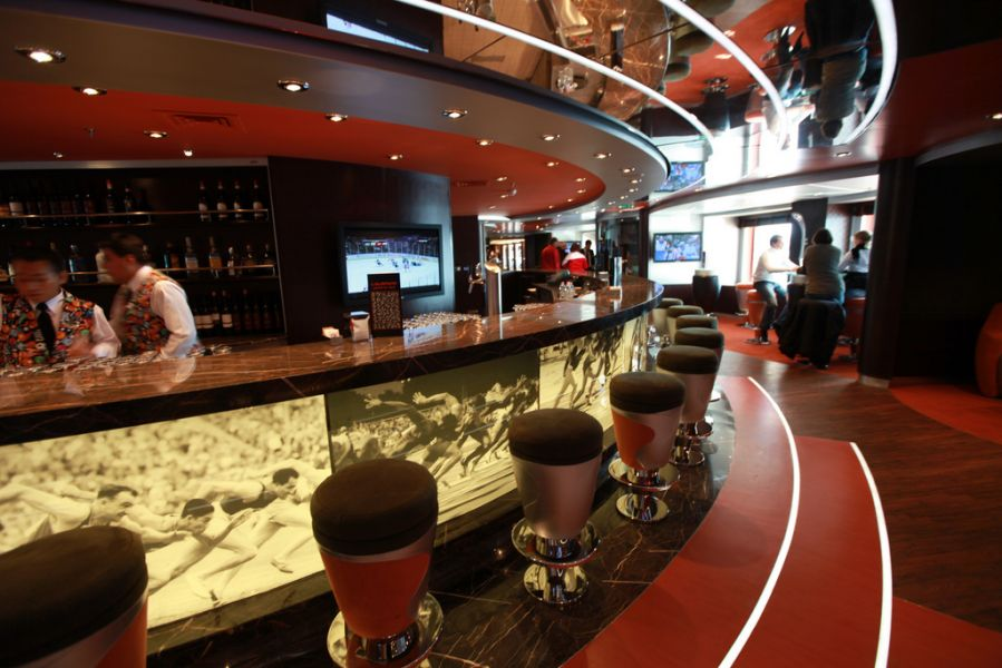 MSC Magnifica-dining-L'Olimpiade Sports Bar