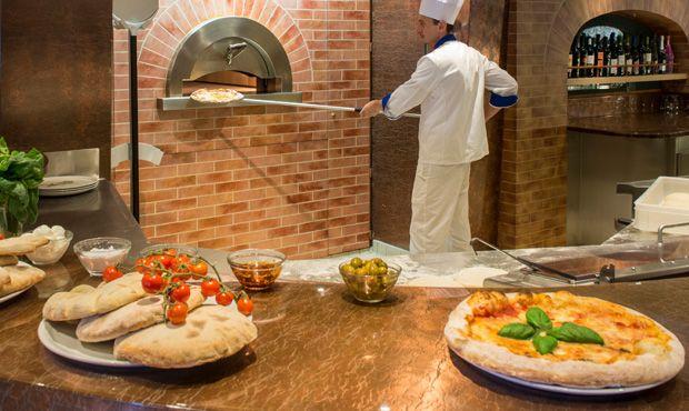 MSC Magnifica-dining-Pizzeria