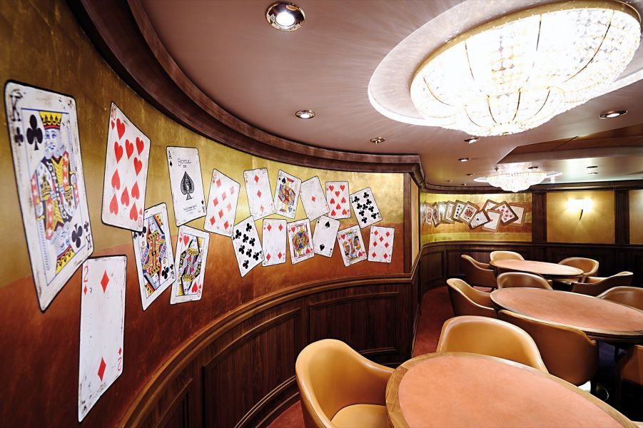 MSC Magnifica-entertaiment-Card Room