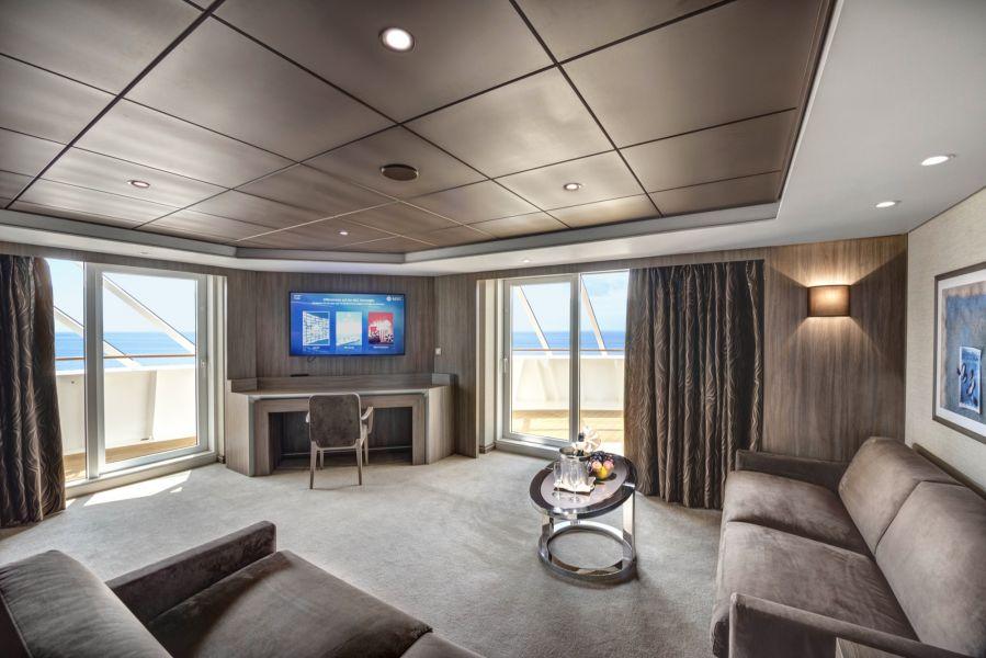 MSC Meraviglia-stateroom-MSC Yacht Club Royal Suite