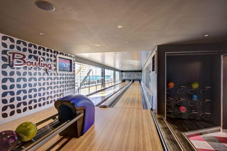 MSC Meraviglia-entertaiment-Bowling Alley