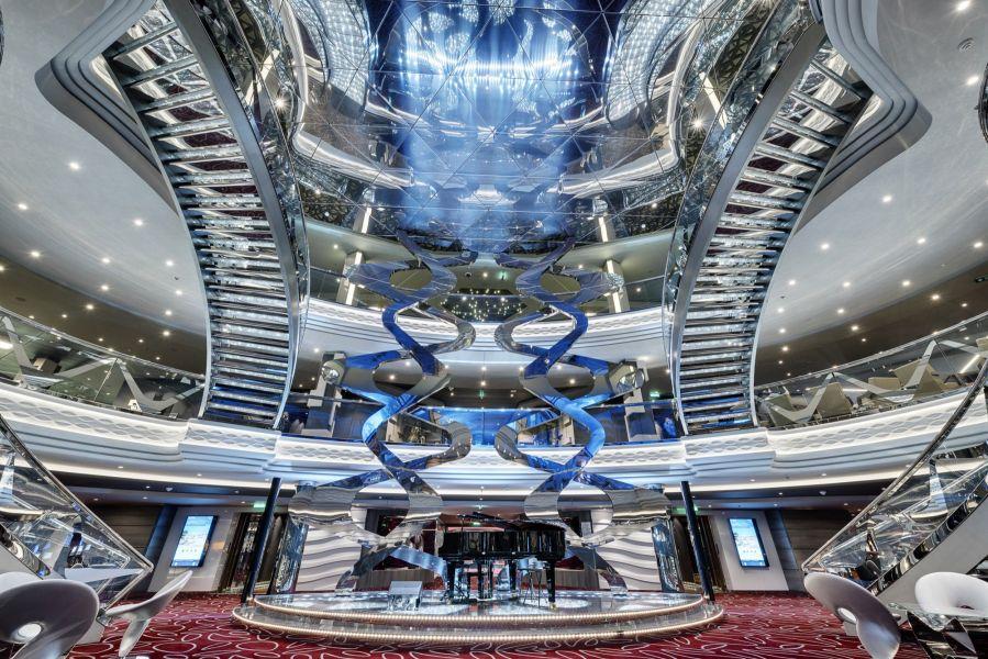MSC Meraviglia-entertaiment-Infinity Bar & Atrium