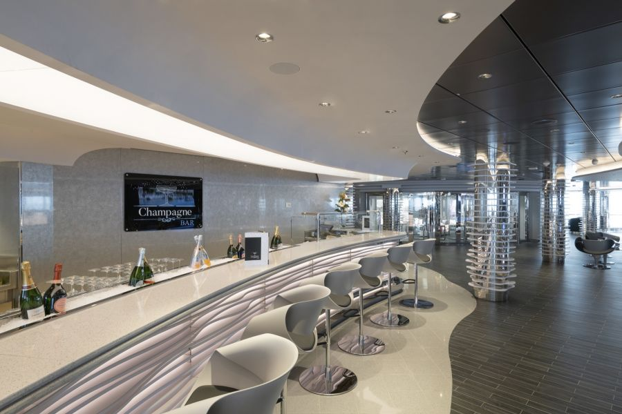 MSC Seaview-entertaiment-Champagne Bar