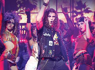 Norwegian Breakaway-entertaiment-Rock of Ages