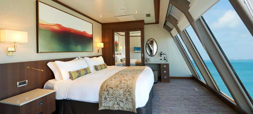 Norwegian Dawn-stateroom-Deluxe Owner's Suite