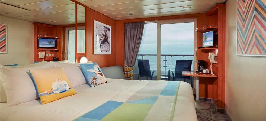 Norwegian Dawn-stateroom-Family Balcony