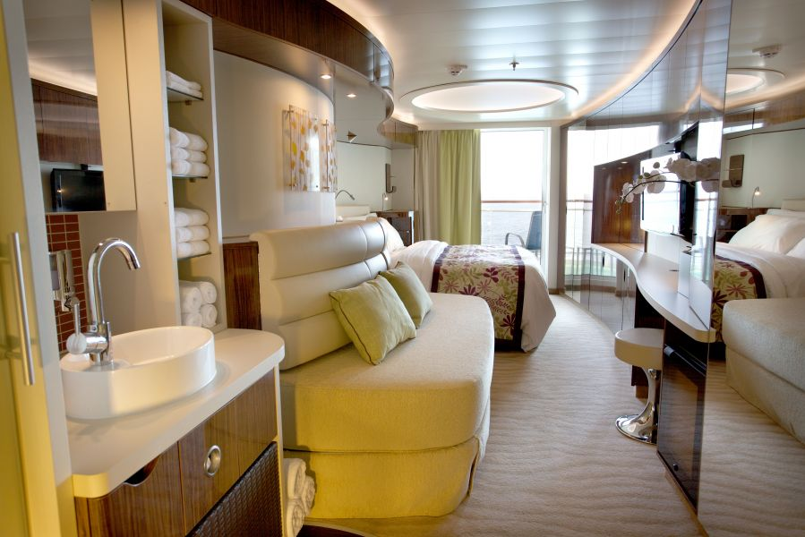 Norwegian Epic-stateroom-Spa Balcony
