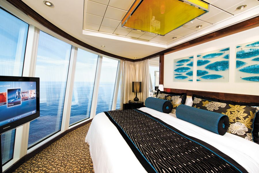 Norwegian Epic-stateroom-The Haven Deluxe Owner's Suite with Large Balcony