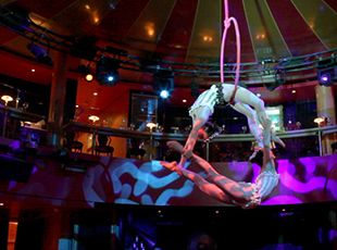 Norwegian Epic-dining-Spiegel Tent - Cirque Dreams & Dinner