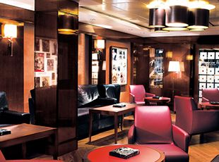 Norwegian Epic-entertaiment-The Humidor Cigar Lounge