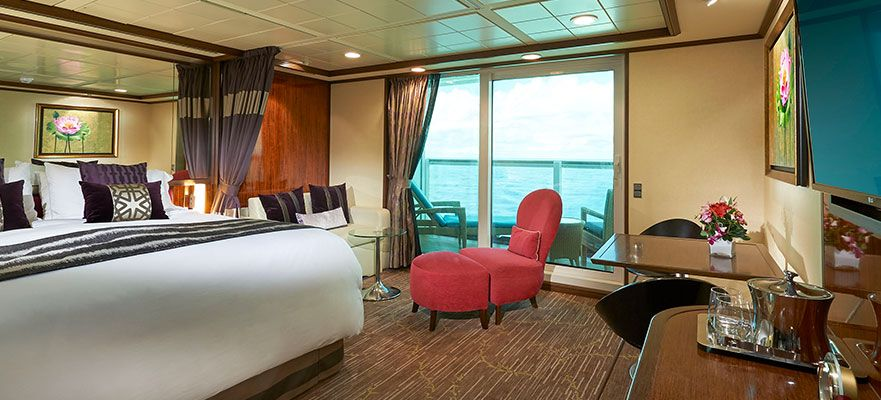 Norwegian Gem-stateroom-Aft-Facing Penthouse with Large Balcony