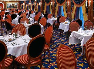 Pride of America-dining-Liberty Main Dining Room