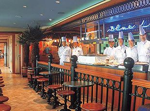 Norwegian Spirit-dining-Blue Lagoon Café