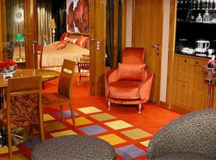 Norwegian Star-stateroom-Owner's Suite with Two Balconies