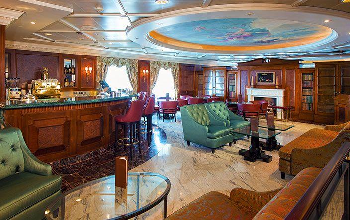 Nautica-dining-Baristas
