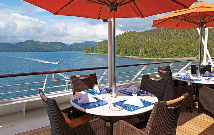 Nautica-dining-Terrace Cafe