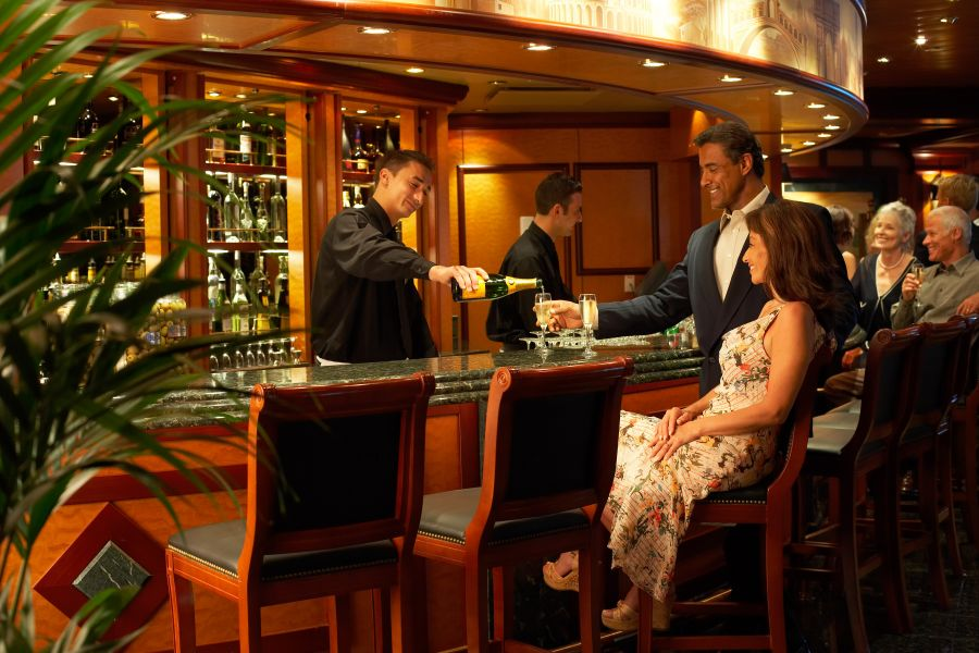 Caribbean Princess-entertainment-Adagio Bar