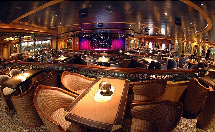 Caribbean Princess-entertaiment-Explorer's Lounge