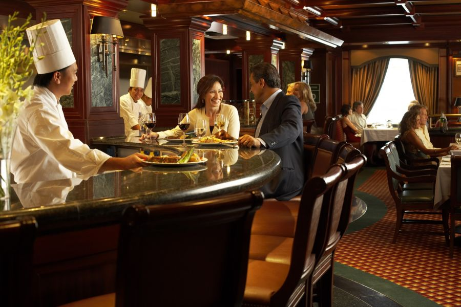 Golden Princess-dining-Crown Grill