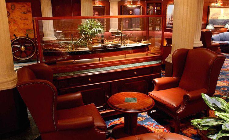 Golden Princess-entertaiment-Wheelhouse Bar