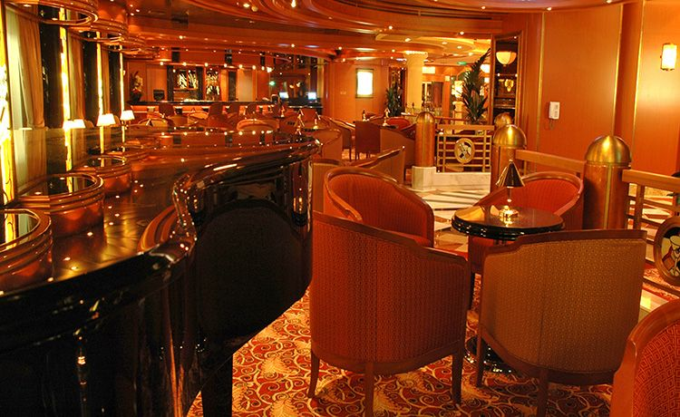 Grand Princess-entertaiment-Crooner's Bar
