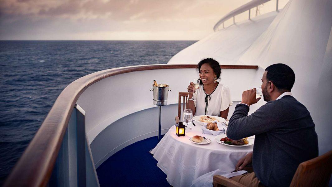 Majestic Princess-dining-Ultimate Balcony Dining