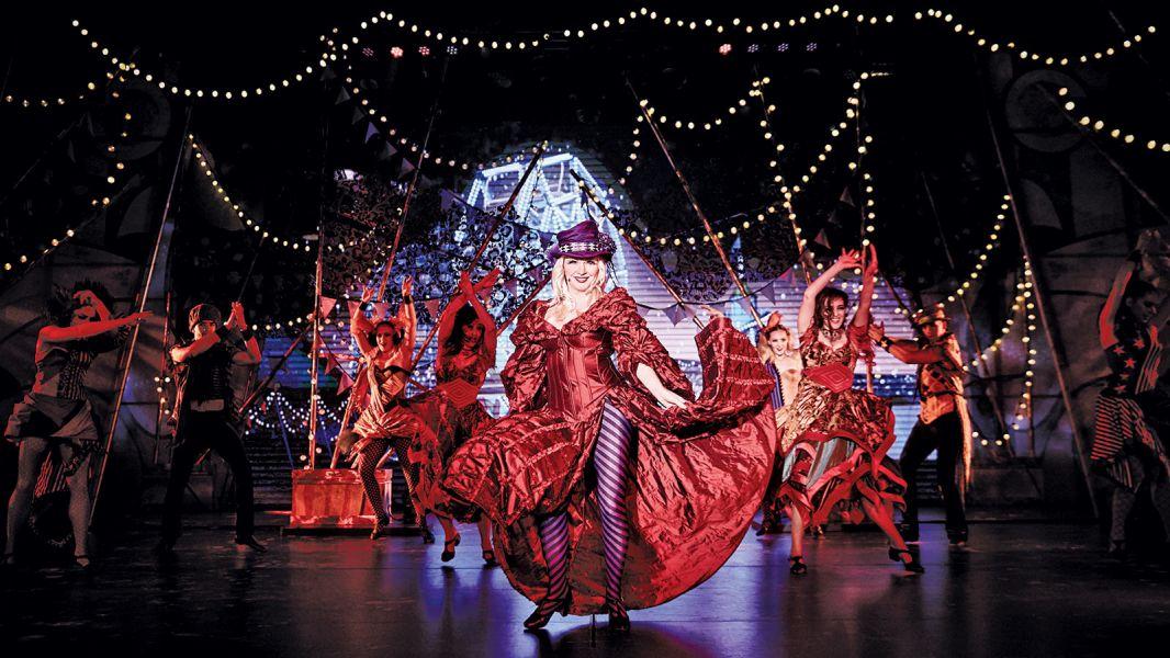 Majestic Princess-entertainment-Princess Theatre