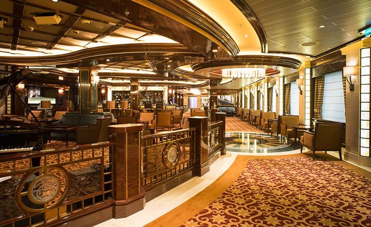 Regal Princess-entertainment-Wheelhouse Bar