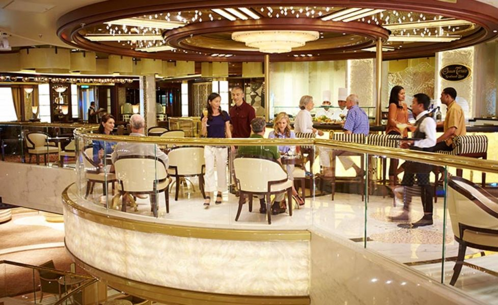 Royal Princess-dining-Ocean Terrace
