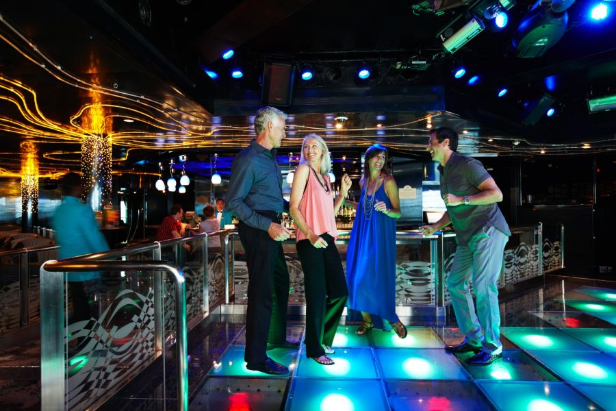Royal Princess-entertaiment-Club 6