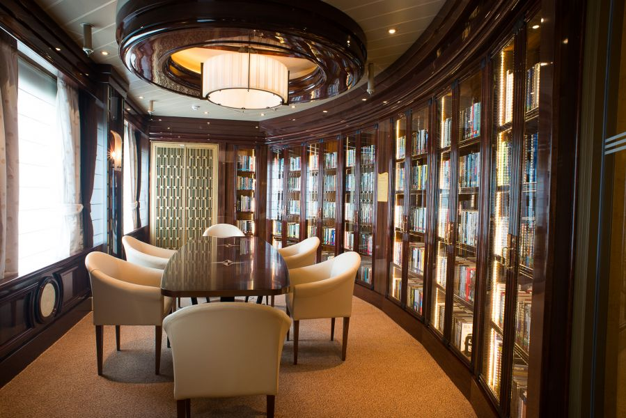 Royal Princess-entertaiment-Library