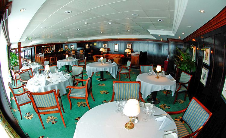 Sapphire Princess-dining-Sterling Steakhouse