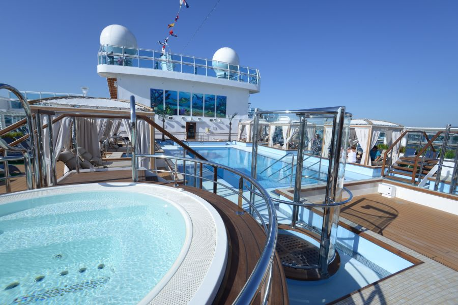 Sun Princess-health-and-fitness-Riviera Pool