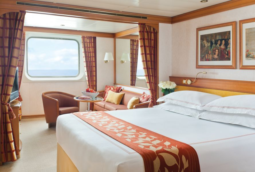 Seven Seas Navigator-stateroom-
