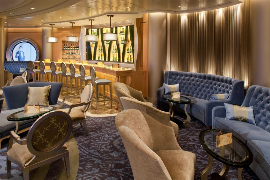 Allure of the Seas-entertainment-