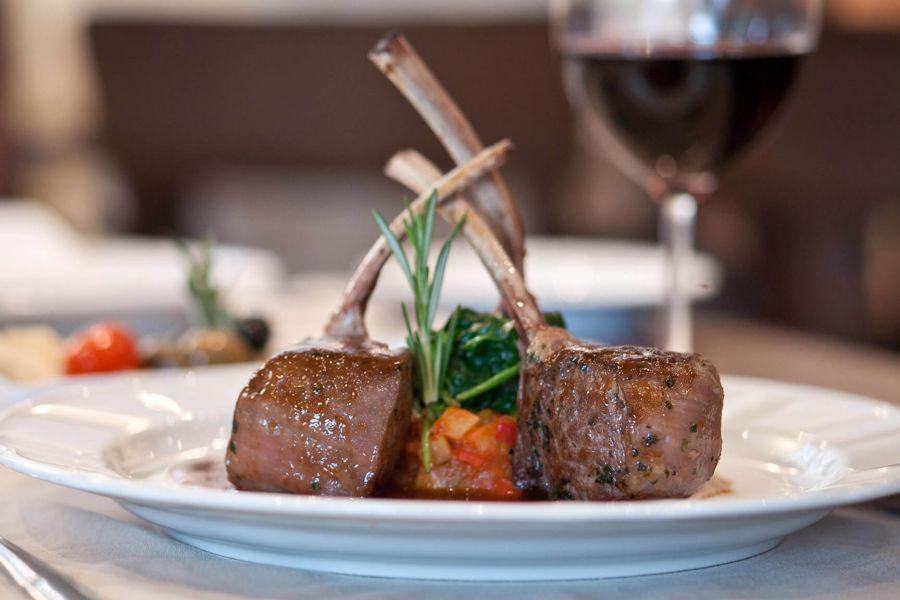Grandeur of the Seas-dining-