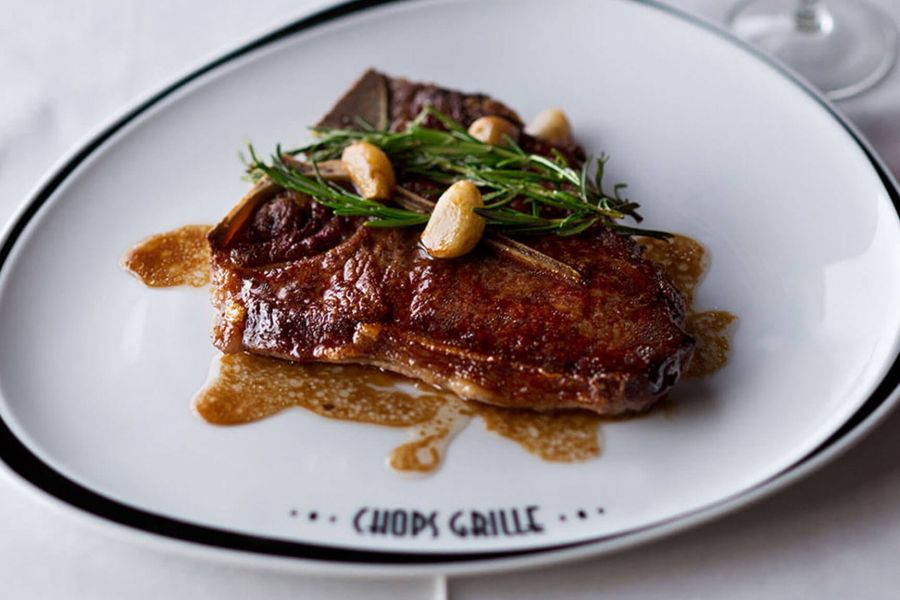 Harmony of the Seas-dining-Chops Grille